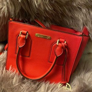 Micheal Kors crossbody shoulder bag red